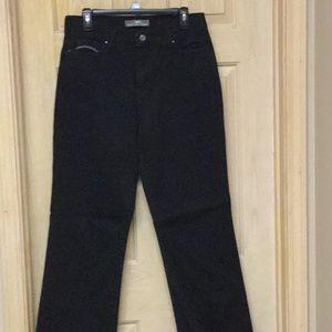 Women's Levi's, black jeans